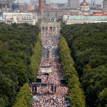 berlin-coronavirus-restrictions-protest